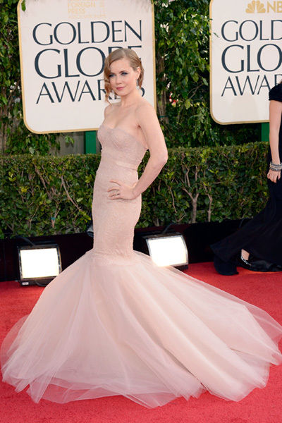 amy_adams_golden_globes_2013_sexy_pink_marchesa_gown_18f6hnj-18f6hnt